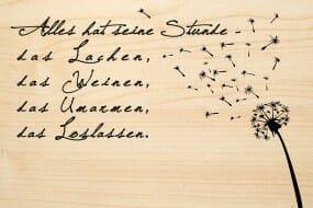 Holzgrusskarte - Trauer - Alles hat seine Stunde, das Lachen, das Weinen, das Umarmen, das Loslassen