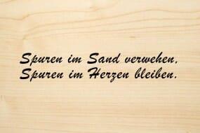 Holzgrusskarte - Trauer - Spuren im Sand verwehen, Spuren im Herzen bleiben.